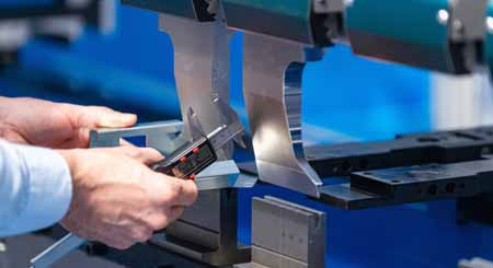 Features Of Hydraulic Press Brake