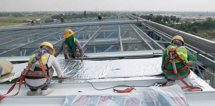 What are the Different Kinds of Commercial Roofing