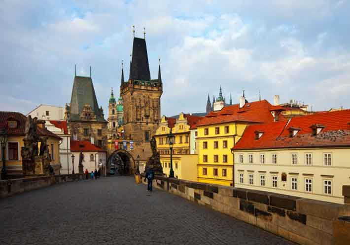 Review of Prague Art and History by Tim Porter